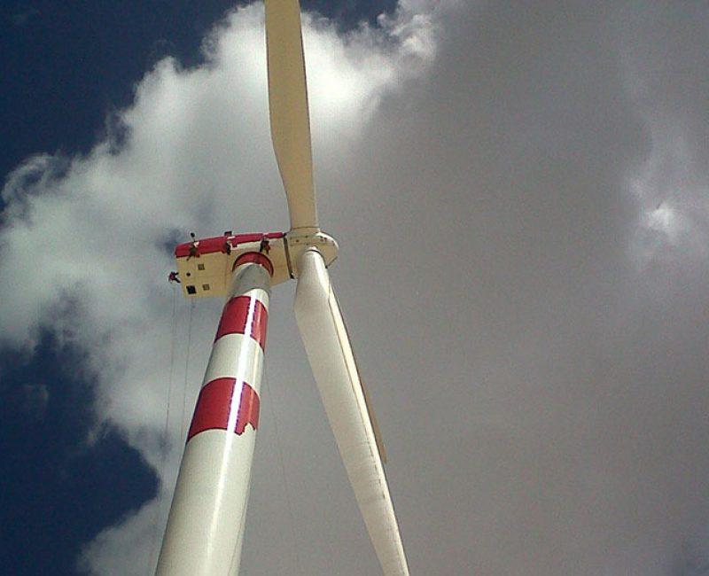 Pintura em torres eólicas